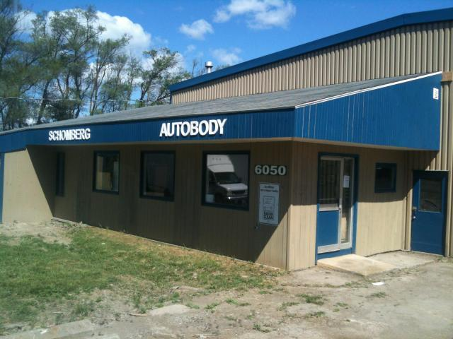 PhilsMotors_SchombergAutobody.JPG